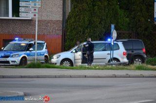Kierowca i pasażer pijani. Policję poinformował świadek
