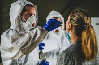 Pobór próbek na koronawirusa. Ruszyło pierwsze Test & Go na Mazowszu