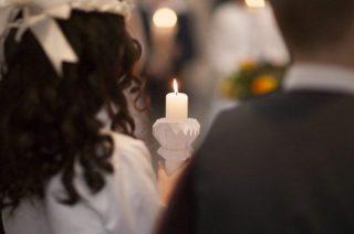 Wiadomo jak będzie wyglądać Pierwsza Komunia Święta. Możliwe indywidualne przyjęcie sakramentu