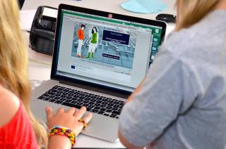 35 laptopów trafi do dzieci z rodzin wielodzietnych