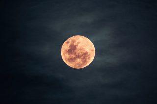 Dziś pełnia Truskawkowego Księżyca!