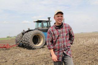 Premia 150 tys. zł. czeka na młodych rolników. Pod jakimi warunkami?