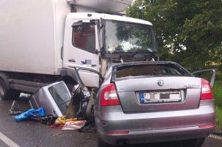 Tragiczny wypadek pod Kozłowem. Dwie osoby nie żyją