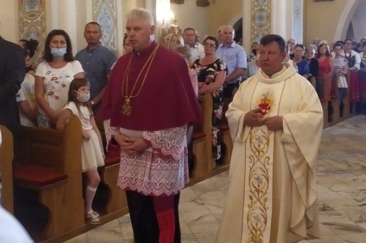 Parafia Wyszyny Kościelne powitała nowego proboszcza