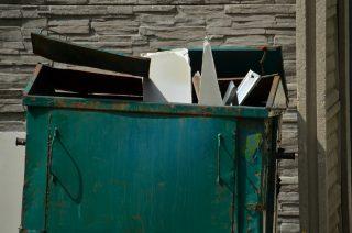 Przepisy dotyczące odbioru śmieci do zmiany. Tańsze opłaty, wyższe kary?