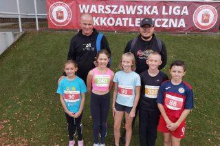 """Medale i """"życiówki"""" mławskich lekkoatletów w Warszawskiej Lidze Biegowej"""
