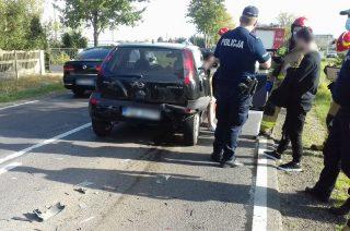 Zderzenie dwóch aut pod Szydłówkiem [foto]. Aktualizacja