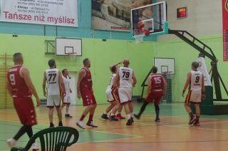 Pierwsza kolejka Mławskiej Ligi Koszykówki. Porażka ubiegłorocznego lidera