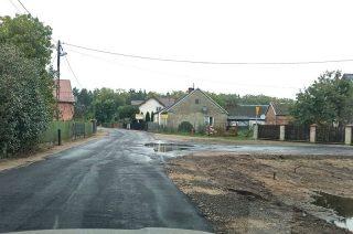 Dziurawe drogi zastąpili garbatymi