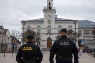 Rząd decyzją wojewody przejmuje ciechanowską Straż Miejską. Miasto protestuje
