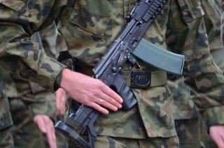 """Żołnierz WOT z """"miękkimi"""" narkotykami w czasie służby"""