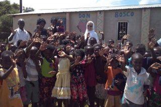 Sami zbierają fundusze na kształcenie dzieci w Afryce