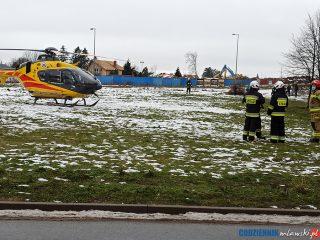Strażacy zabezpieczali lądowisko dla helikoptera LPR