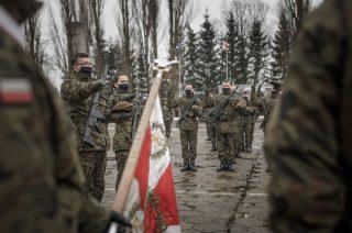 Pierwsza w tym roku przysięga wojskowa i ślubowania nowych podoficerów WOT