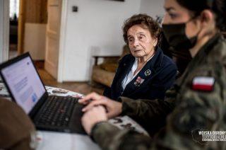 800100115 – infolinia wsparcia dla seniorów