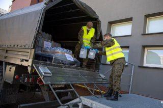 Terytorialsi dostarczyli ponad 2 tysiące litrów płynów do dezynfekcji
