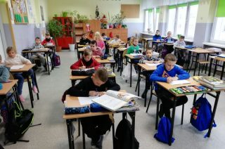 Dzieci wróciły do szkoły. Są jednak specjalne wytyczne