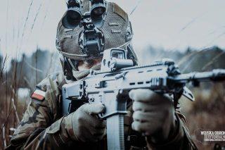 Najnowsze hełmy HP-05 trafiły do mazowieckich żołnierzy OT
