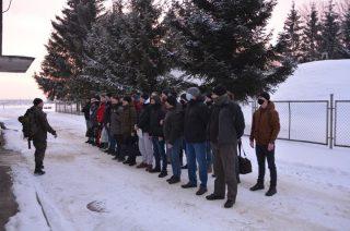 """""""Nie ma złej pogody, są tylko słabe charaktery"""" – nowi ochotnicy rozpoczęli szkolenie w 5 Mazowieckiej Brygadzie OT"""