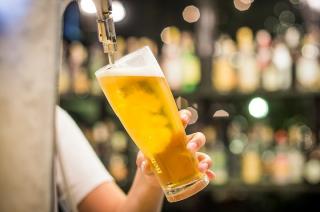 Dzierzgowo i Przasnysz zwalniają z opłaty koncesyjnej za alkohol. Ciechanów idzie dalej