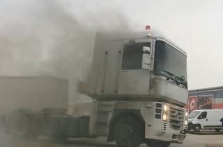 Pożar ciągnika siodłowego na Wólce [FILM]
