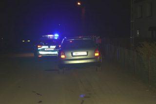 Uciekał przed policją kilka kilometrów. Uszkodził radiowóz