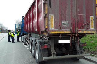 Mława. WIOŚ skontrolował pojazdy przewożące odpady