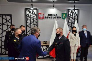 Szydłowo. Minister przywiózł promesy na wozy strażackie i akty włączenia do KSRG [FOTO, FILM]