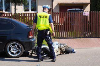 Mława. Pościg, uszkodzony radiowóz i nietrzeźwy kierowca skutera [FOTO i FILM]