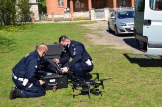 Policyjne drony już na Mazowszu. To lekarstwo na piratów? [FILM]