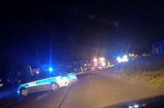 Uderzył autem w słup. Pojazd stanął w płomieniach
