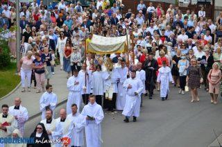 Boże Ciało w parafii Matki Bożej Królowej Polski [FOTORELACJA]