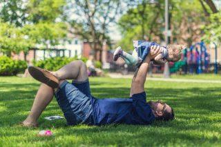 Ojciec na macierzyńskim to wciąż rzadkość