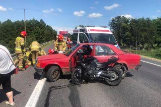 """Poważny wypadek na """"siódemce"""" koło Mławy. W akcji śmigłowiec [FOTO, FILM]"""