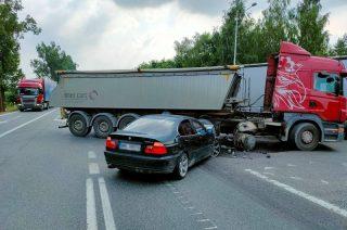 """BMW kontra Scania. Wahadło na """"siódemce"""" [FOTO]"""