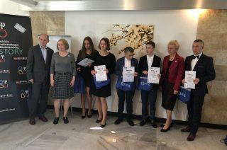Młodzi informatycy z SP 6 odebrali nagrody w Warszawie