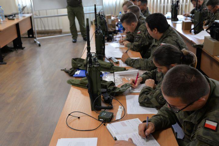 Specjalsi u terytorialsów szkolili łącznościowców
